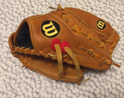 Glovelocks for baseball and softball gloves